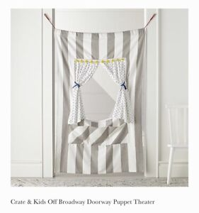 Crate&Kids puppet Theater curtain