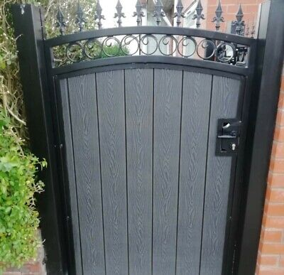 BRAND NEW Curved top Iron and composite Gate with fish tail circles