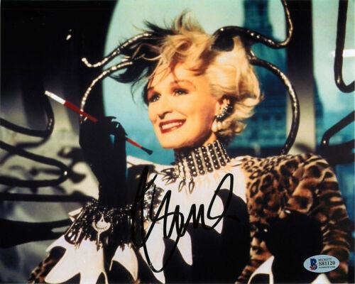*Cruella DeVil* Glenn Close Signed Disney's 101 Dalmatians 8x10 Photo BAS A