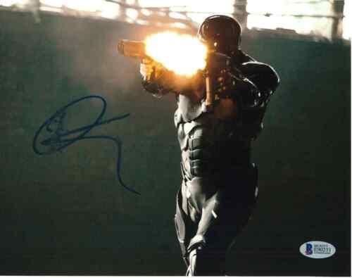 JOEL KINNAMAN SIGNED 8X10 PHOTO ROBOCOP BECKETT BAS AUTOGRAPH AUTO COA C