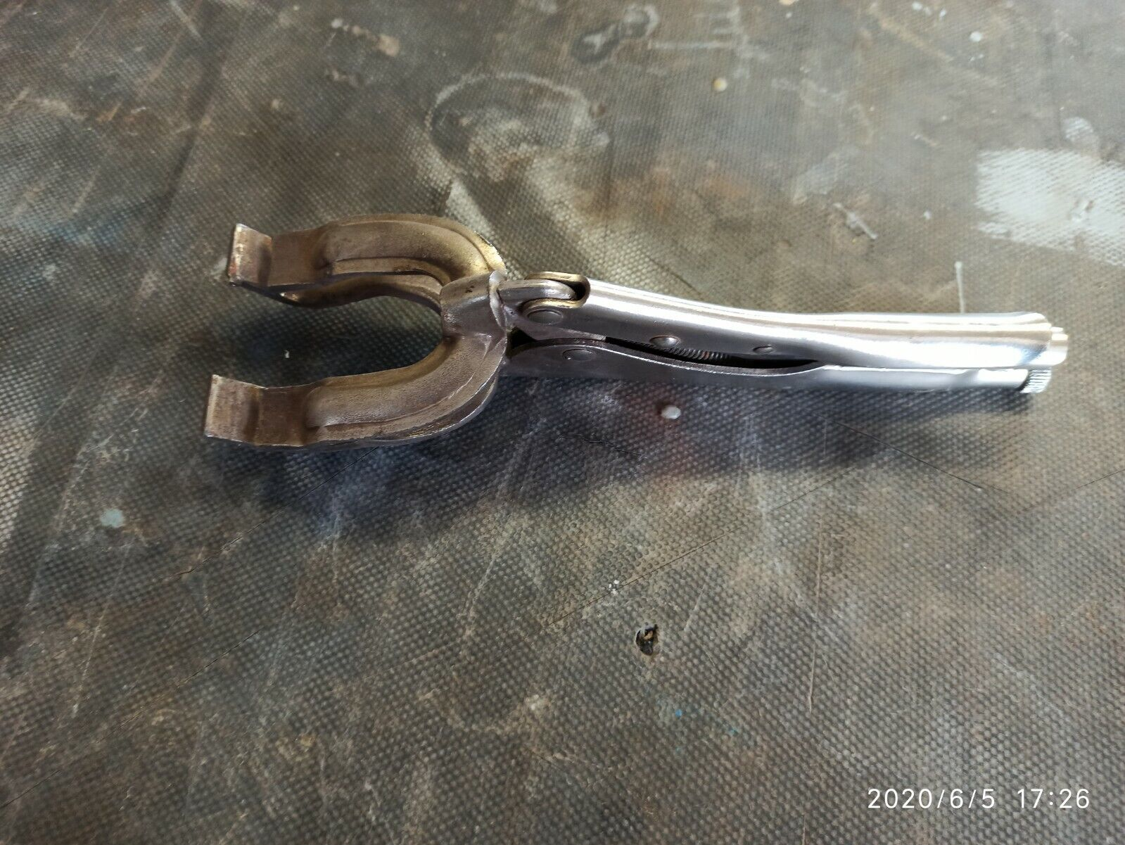 Schweißer-Gripzange Spannweite 60 mm Länge 280 mm
