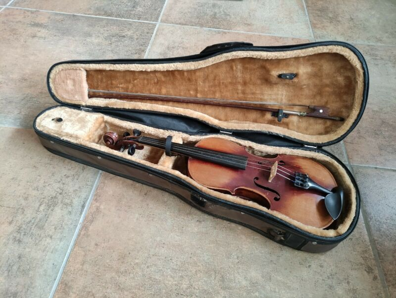 3/4 Size European Violin Vintage Good Condition With Canvas Velvet Lined Case
