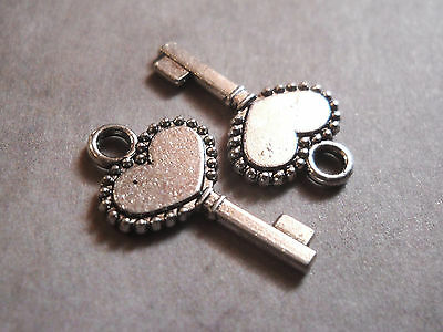 Key Charms (10 Key Charms Antique Silver Tone Heart Steampunk Supplies 2)