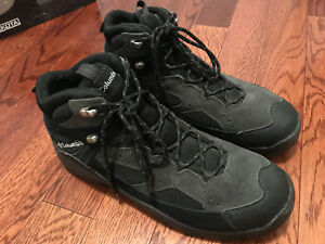 Almost new Columbia hiking boots size us 11, eu 44