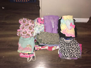 Girl size 4 lot 38 items