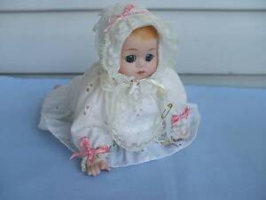 """MUSICAL PORCELAIN """"BABY GIRL"""" DOLL - PLAYS A MELODY Merrylands Parramatta Area Preview"""