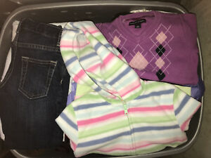Girl's Size 5T Clothing