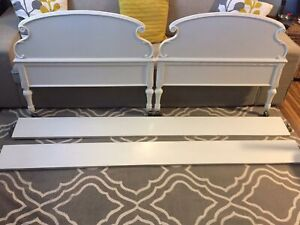 Vintage twin bed - lot vintage d'enfant