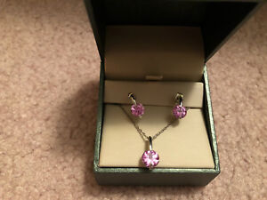 Mappins Earring & Necklace Set