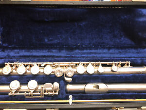 Silver plated mint condition Artley flute 1955