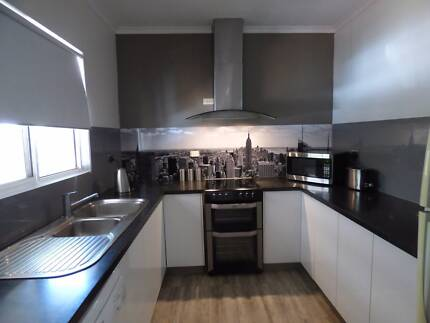 Modern Semi-elevated Family Home