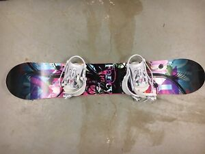 Firefly Woman's Snowboard + Accessories