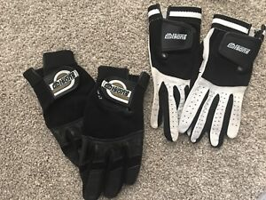 Brand new Curling Gloves