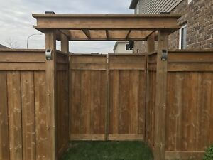 HAMILTON FENCE COMPANY • BOOK THIS WEEKEND AND GET $100 OFF