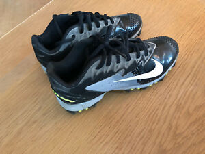 Nike youth cleats size 3