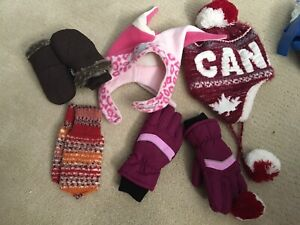 Lot of girls gloves and toques