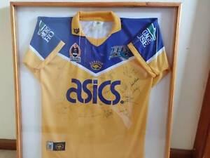 aa2d37ff9349 Parramatta Eels 2003  47 04 NRL Team Signed and Framed Jersey ...