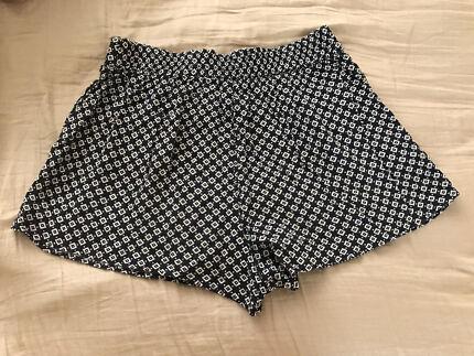 Girls summer shorts size 12 Carlton Kogarah Area Preview