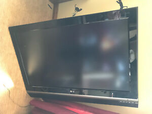 "LG 42"" LCD Flat Screen TV"