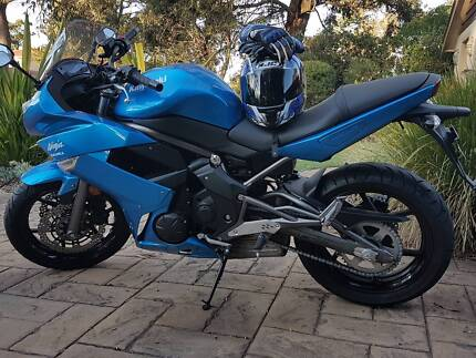 Beautiful Blue Ninja 650RL