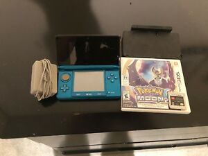 Nentendo 3ds with games