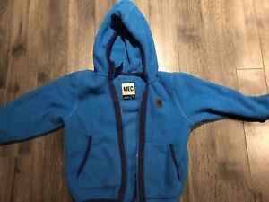 MEC kids hooded fleece - size 5