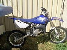 2011 YAMAHA YZ85LW Emerald Central Highlands Preview