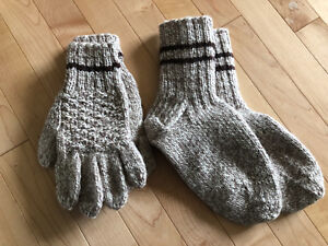 Knitted socks and mitts