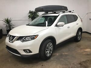 2015 Nissan Rogue SL (winter tires, extended warranty)