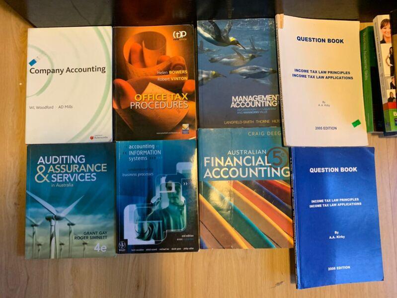 UNIVERSITY TEXTBOOKS LAW, ACCOUNTING, MARKETING | Textbooks