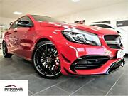 Mercedes-Benz A45 AMG 4-MATIC/KEYLESS GO/PANORAMA/LED SCHEINW.