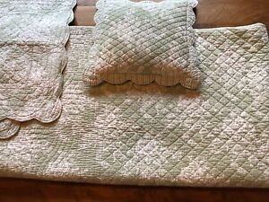 Quilted Comforter, Pillowcases, and Decorative Pillow