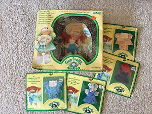 Cabbage Patch doll mini and clothes