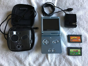 GameBoy Advance SP (AGS-101) +2 games!