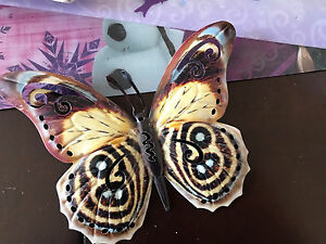 Small butterfly tin decor