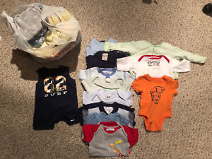 Boys lot 3-12 months (over 30 pieces)