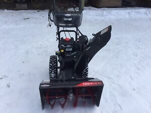 Snowblower for sale - Briggs & Stratton 1227MDS