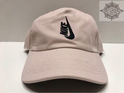 Nike NikeLab Essentials Pro Acronym Snapback Hat Black 882730-010 Dri-FIT NEW