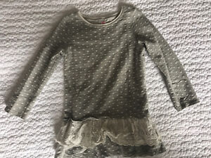 Toddler girl sweater dress with frill. Size 3 T