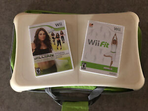 Selling: Wii fit board with games and acessories