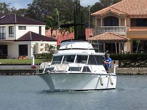 Mariner 30 Diesel Shaft Drive Flybridge Cruiser Cleveland Redland Area Preview