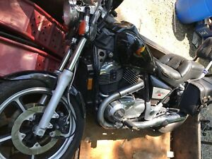 selling as parts motorcycle - 1985 Honda Shadow VT1100cc