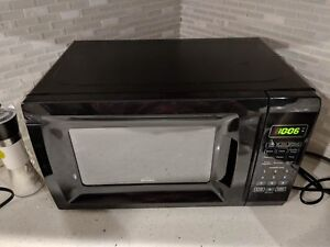 Rival 700w Microwave