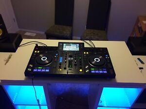 pioneer DJ controller,
