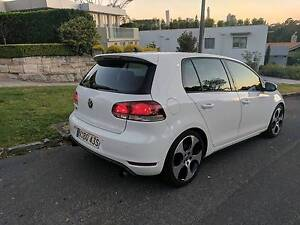 """Volkswagen Golf GTI with Sunroof, GPS, 18"""" alloys, heated leather Northbridge Willoughby Area Preview"""