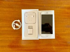iPhone 7 128Gb Silver Unlocked *excellent condition*