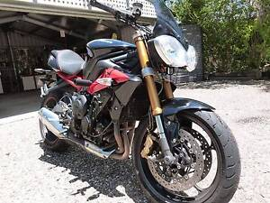 Amazing 2013 Street Triple R with quick shifter Eatons Hill Pine Rivers Area Preview