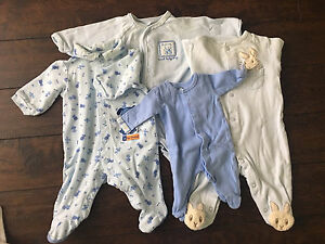Baby boy clothes from 0-6 month