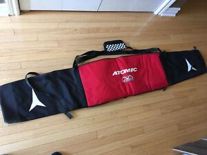 Atomic ski travel bag