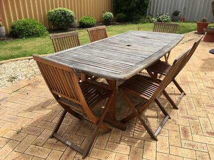 Wooden Outdoor Table with 6 Chairs